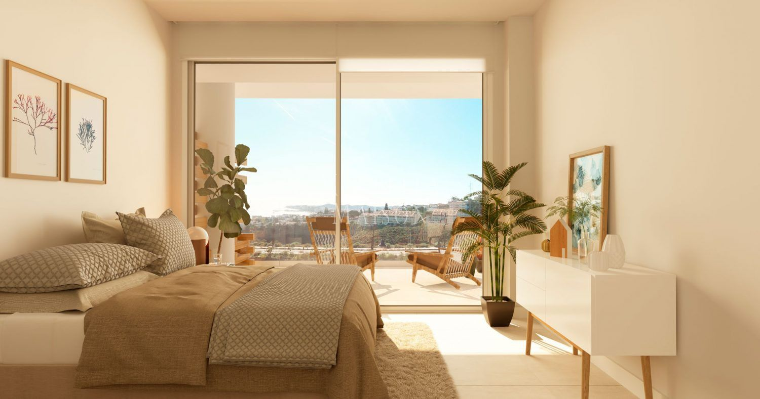 Key ready apartments at walking distance from the beach in Fuengirola